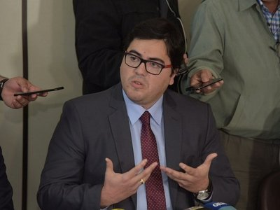 Viceministro de Transporte agradece por no utilizar servicio de la ANDE