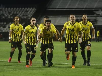 Lo mejor de la victoria de Guaraní 2-1 sobre San Lorenzo
