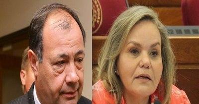 La Nación / Piden a Lilian y Afara definir postura