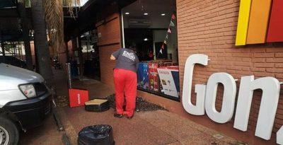 Guardia evitó asalto a local comercial sobre Mcal. López