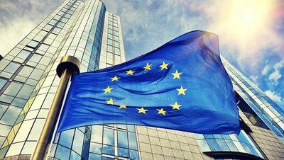 Hungría y Polonia bloquean presupuesto y el plan pospandemia