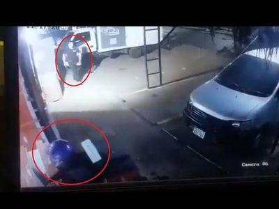Guardia baleó a asaltante que quiso robar una tele