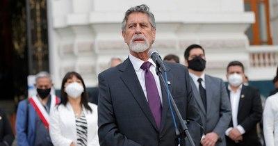 La Nación / Sagasti jura como nuevo presidente de Perú tras una semana de caos