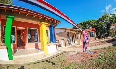 Abdo entrega nuevas infraestructuras a 40 instituciones educativas en San Pedro