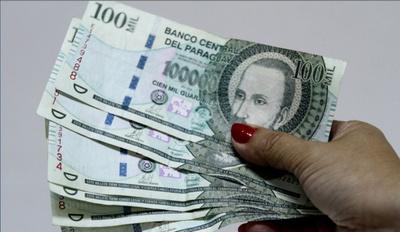 Recomiendan tener cuidado ante circulación de billetes falsos