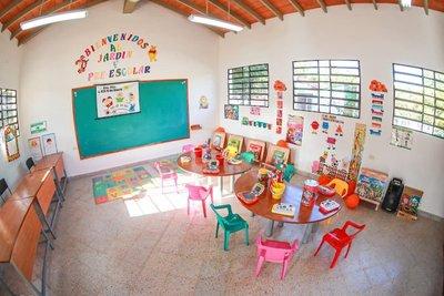 Gobierno entrega nuevas infraestructuras para más de 40 instituciones educativas en San Pedro