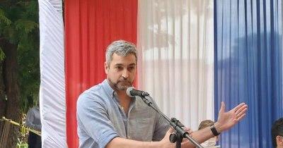 """La Nación / """"Quienes quieren castigar a la producción nunca trabajaron"""", dice Abdo"""