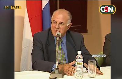 Presidente Abdo visitó a familiares de secuestrados