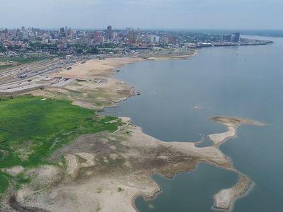Nivel del río Paraguay sigue muy por debajo de lo normal pese a lluvias