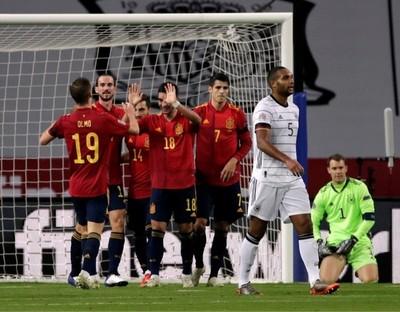 España humilla a Alemania y avanza en la Liga de Naciones