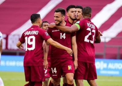 Venezuela triunfa ante Chile