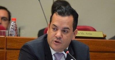 La Nación / Friedmann busca que se le exima de medidas cautelares