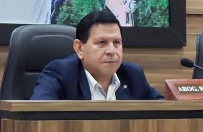 """Brizuela: """"Acosta no quiso que se trate un expediente"""""""