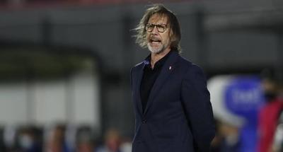"""HOY / Gareca asegura que las opciones de Perú de llegar al Mundial """"están intactas"""""""