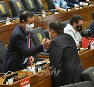 Miguel Cuevas recupera su banca en Diputados tras un largo tiempo de reclusión