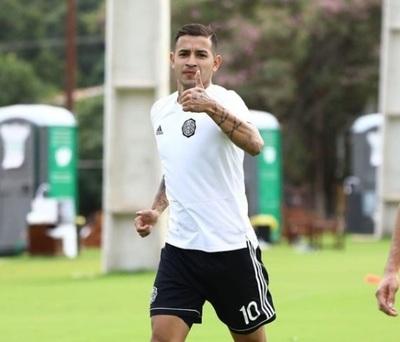 El jugador Derlis González pasó por el quirófano