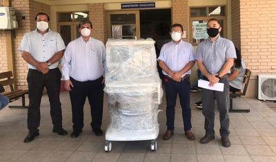 Gobierno entregó nuevo equipo de anestesia al Hospital de Paraguarí