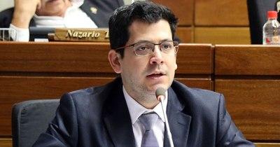 La Nación / Latorre aboga por acabar con la lucha entre colorados y liberales