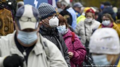 "Al final, en Dinamarca dicen que tapabocas ""ofrecen protección limitada contra coronavirus"""