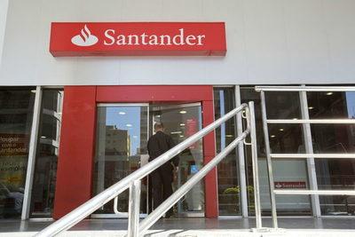 El titular del Santander en Argentina destaca la solidez del sistema financiero