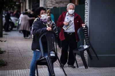 El Gobierno de Argentina anuncia una subida del 5 % en las jubilaciones
