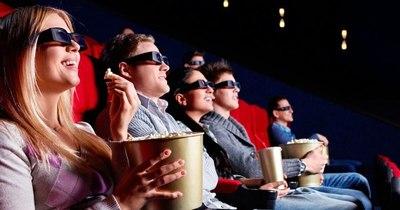 """La Nación / Volvieron los cines """"en una fecha históricamente baja para el sector"""", aseguran"""