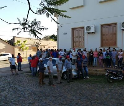 Pese a manifestación, Junta Municipal rechaza pedido de G. 300 millones solicitado por intendente