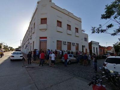 Ediles de Carapeguá rechazan pedido de préstamo para pagar salarios y aguinaldo