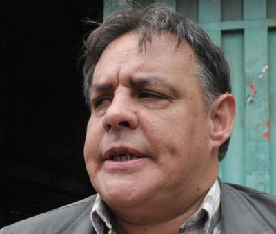 """""""Denota su escaso nivel intelectual"""", dice Richer sobre Mario Abdo"""