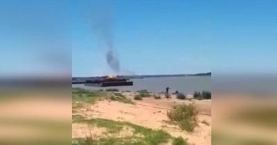 Explosión de barcaza ocurrió en lado argentino del Río Paraguay