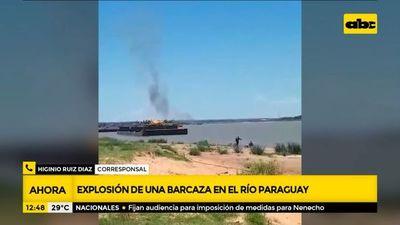 Explosión de una barcaza en el río Paraguay en zona de San Antonio