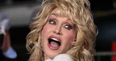 Dolly Parton no sabía que estaba ayudado a financiar una vacuna contra el Covid-19