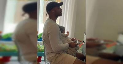 Hombre cuidó a un bebé por más de dos horas sin notar que era un muñeco