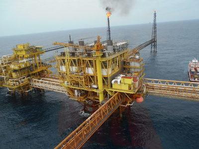 BBVA prevé que los ingresos de México por la venta de crudo seguirán bajando