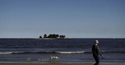 La Nación / Uruguay apuesta al turismo interno en un verano restringido por la pandemia