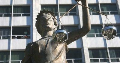 La Nación / Operadores de justicia: advierten sobre una marcada influencia política en la selección