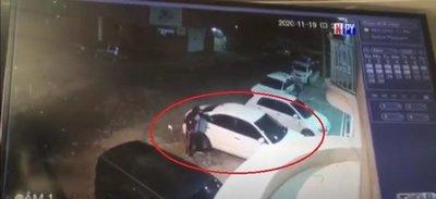 Así roban un auto en un barrio capitalino
