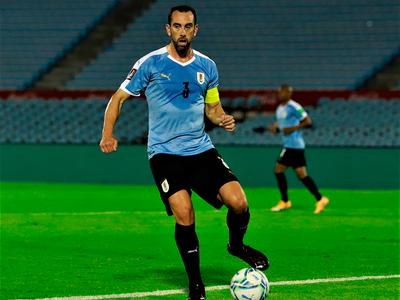 Diego Godín se suma a la lista de contagiados de la selección uruguaya