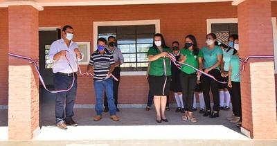 Caazapá: Inauguran obras en Fulgencio Yegros
