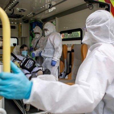 Francia: Cada 4 minutos un paciente con Covid-19 ingresa a UTI