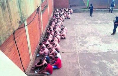 Presos denuncian ser torturados durante requisa – Prensa 5