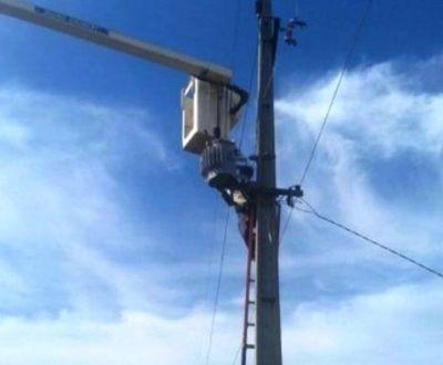 Comunidades indígenas del departamento de Caaguazú, cuentan desde hoy con el suministro de energía eléctrica