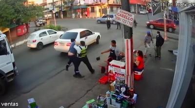 Conductor agredió a un agente de tránsito y a un policía en San Lorenzo