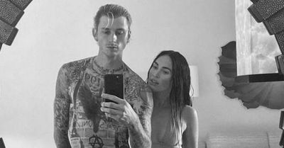 Megan Fox revela cómo salva al rapero Machine Gun Kelly de su 'tendencia autodestructiva'