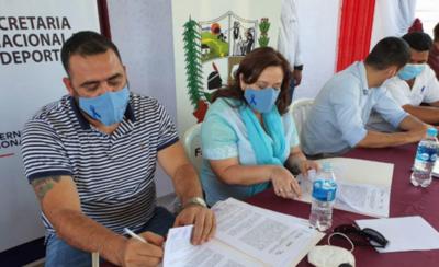 HOY / Firman convenio con localidades de Curuguaty para hacer plazas