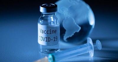 La Nación / UE podría autorizar dos vacunas este año