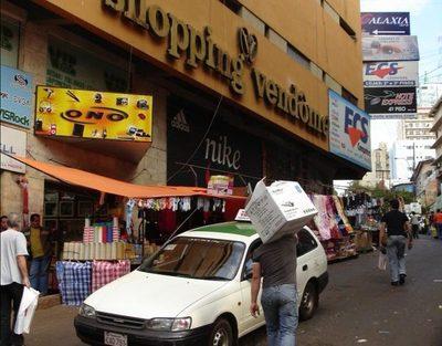 Otra comerciante obligada a devolver dinero que estafó a turista