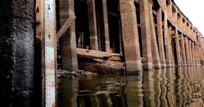 La Nación / Con la mirada puesta en el río