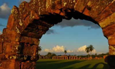 Platón y los guaraníes