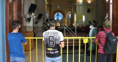 La Nación / Piden a feligreses respetar protocolos y optar por la peregrinación virtual para Caacupé